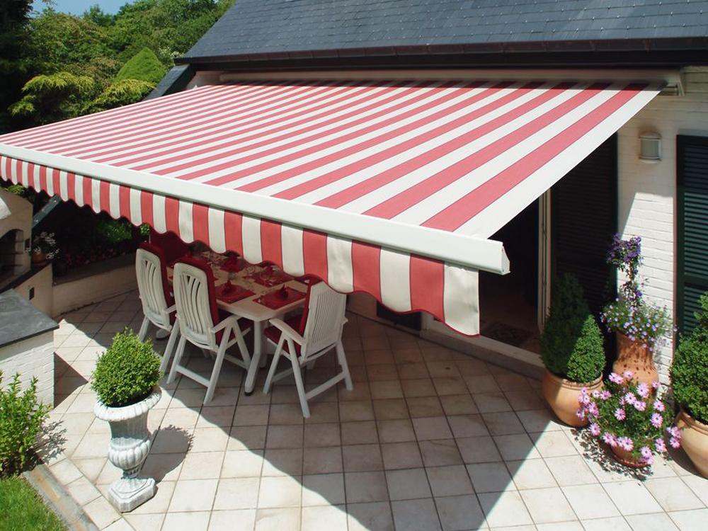 Installation de store de terrasse menuisier expert qualifié RGE Maubeuge