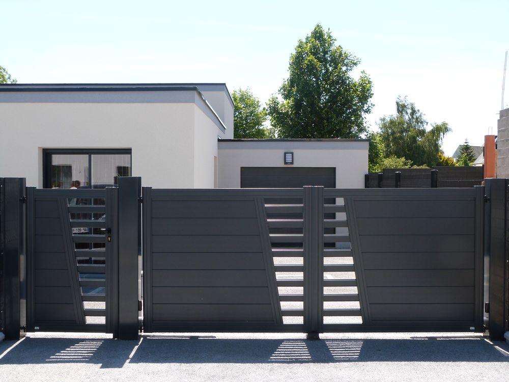 Installation d'un portail en aluminium faite par un menuisier expert qualifié RGE Maubeuge