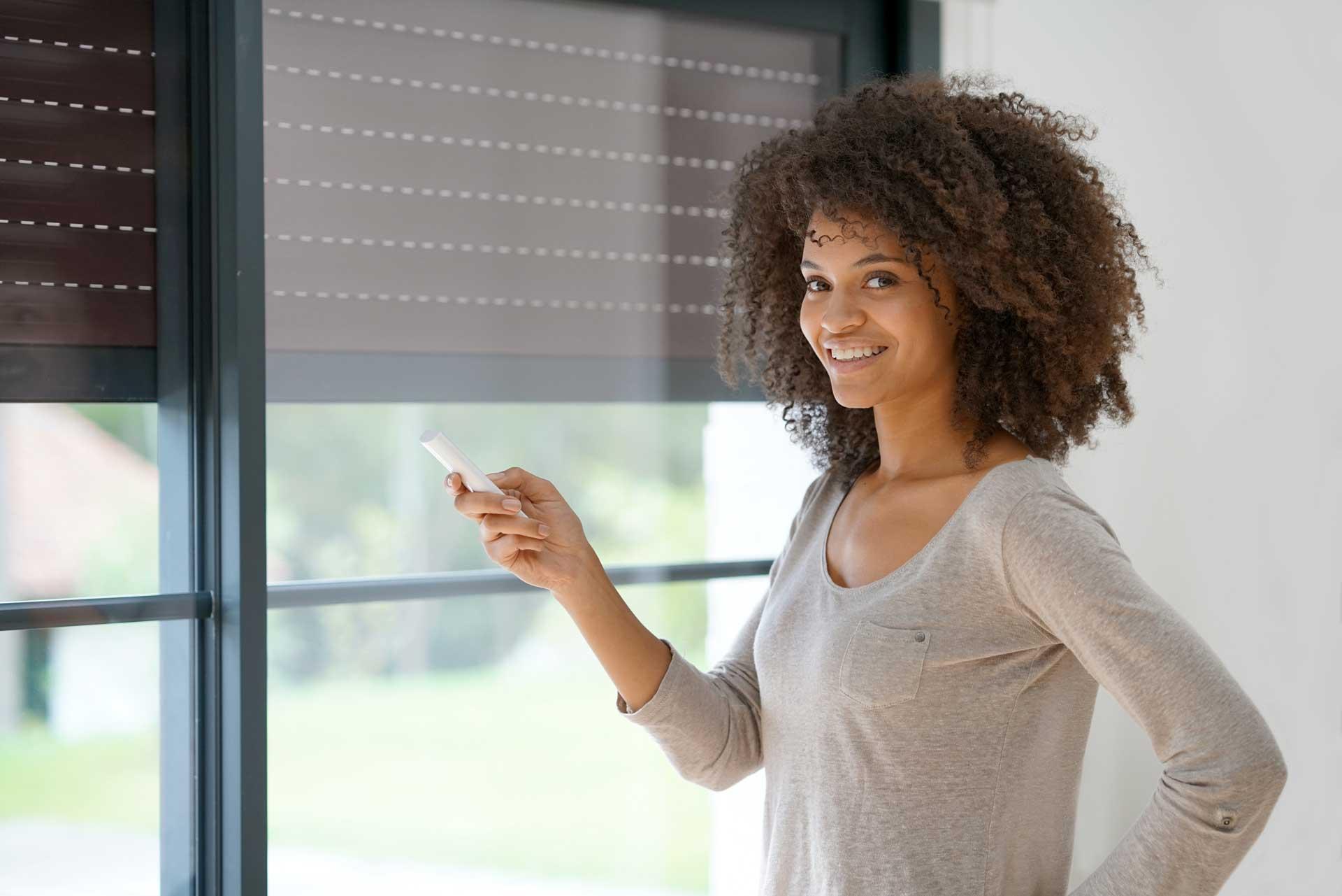 installation de volet électrique pour vos fenêtre par un menuisier expert qualifié RGE